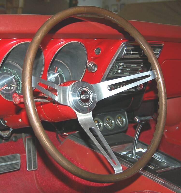 1967 N34 Walnut Steering Wheel