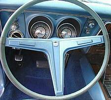 Late 1968 N30 Steering Wheel without black accents