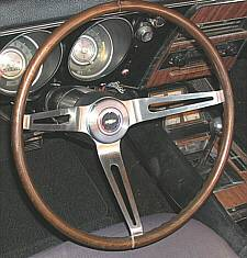 1968 N34 Walnut Steering Wheel